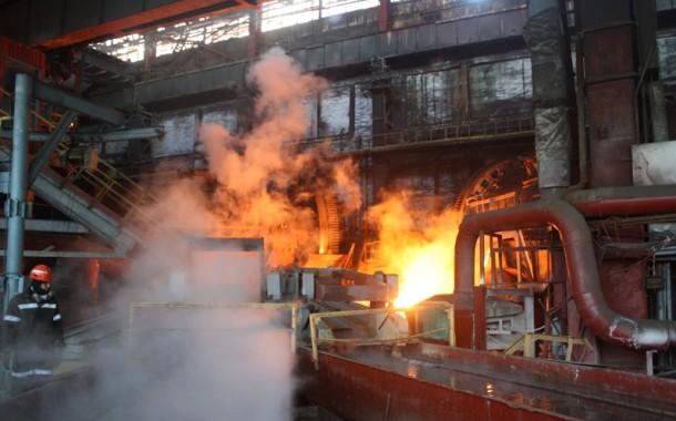 Б. Сагинтаев ознакомился с реконструкцией Жезказганского медеплавильного завода: объем производства вырастет вдвое