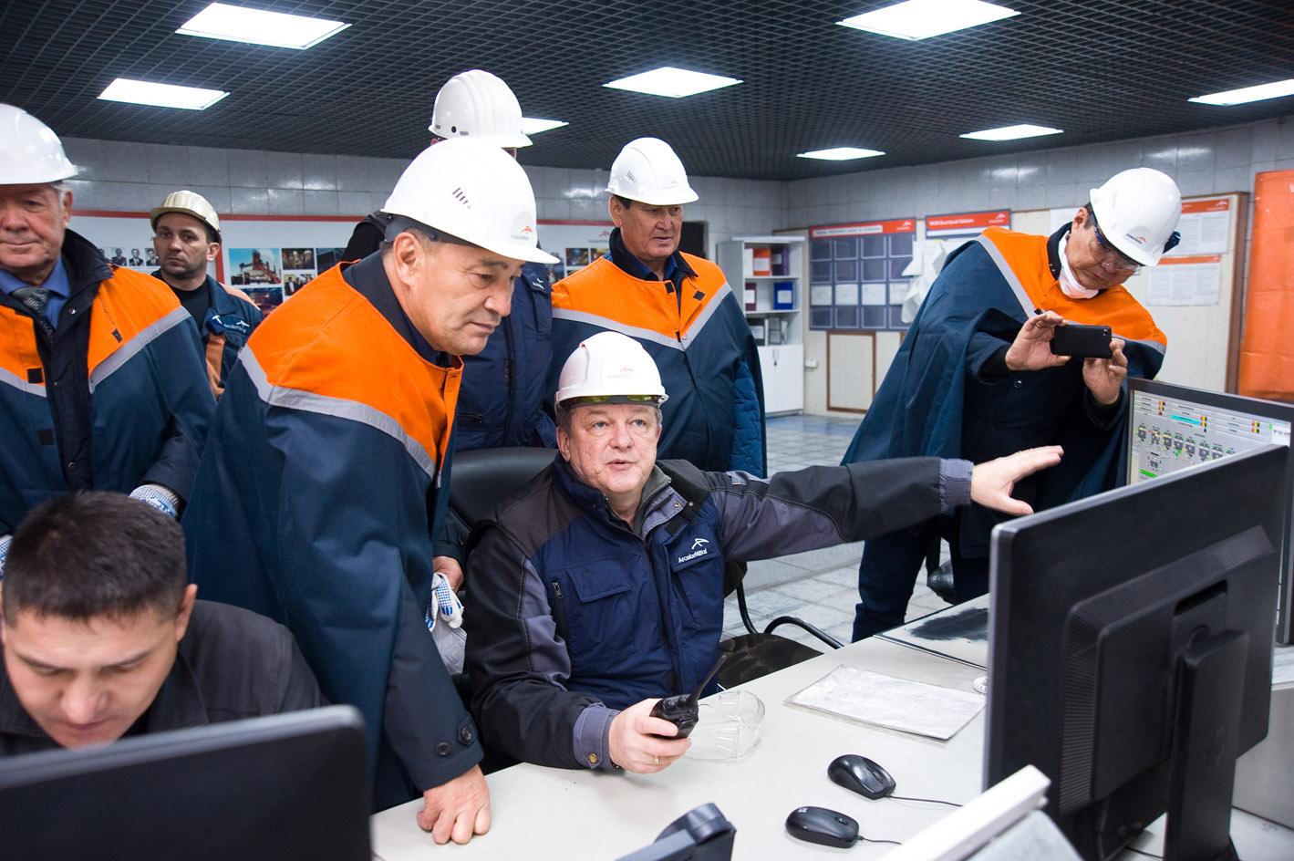 Председатель Федерации профсоюзов РК Е.Тугжанов провел встречу с руководством АО «АрселорМиттал Темиртау»