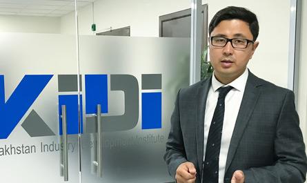 Заместитель председателя КИРИ С. Суханов