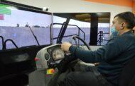 Тренажер-симулятор карьерного самосвала установлен в ССГПО